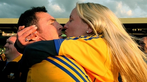 Clare's Alan Clohessy celebrates their one-point victory with a kiss
