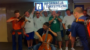 An alternative version of 'Stand up for the Boys in Green' was warmly received in Gdansk