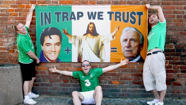 The King, Jesus Christ and Trap