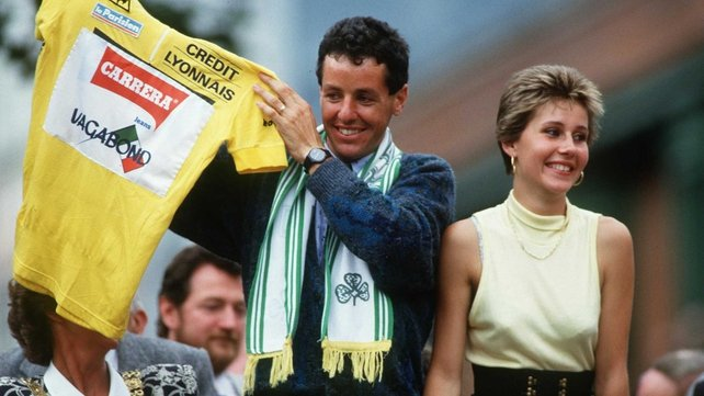 Stephen Roche displays his Tour de France winners yellow jersey in 1987