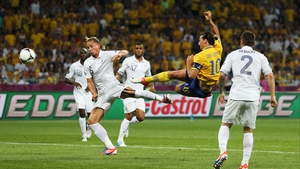Zlatan Ibrahimovic put Sweden on their way to victory, and France into second place in the group