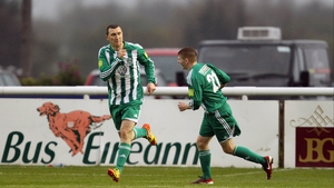 Jason Byrne celebrates scoring his first goal against St Patrick's Athletic on 18 May