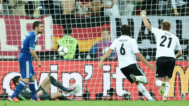 Sami Khedira puts Germany in front after Greece had equalised