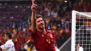 Alonso celebrates