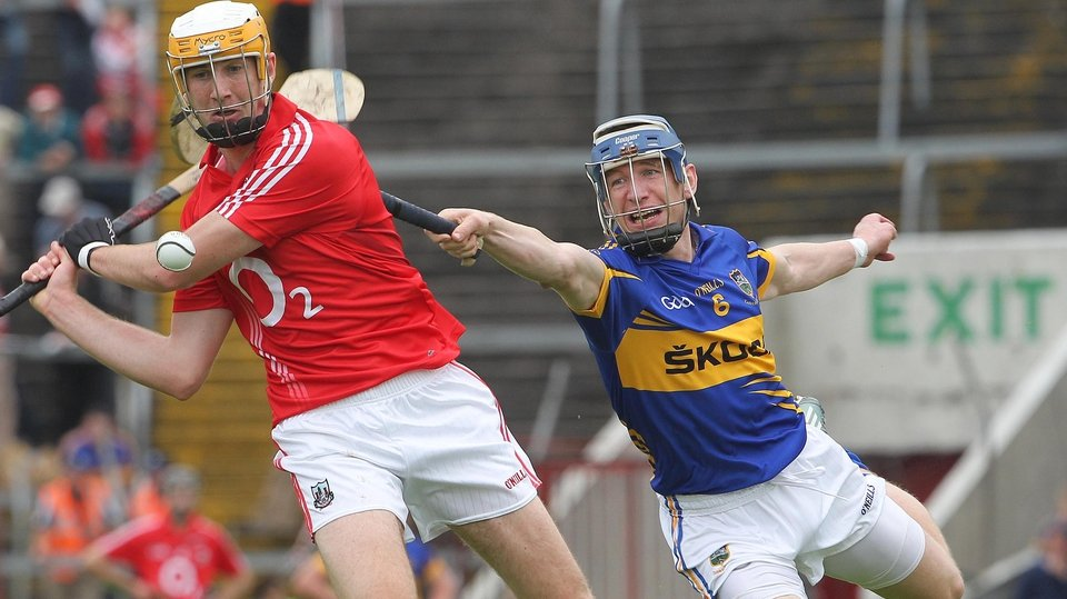 In the Intermediate semi-final Tipp beat Cork 3-18 to 2-16