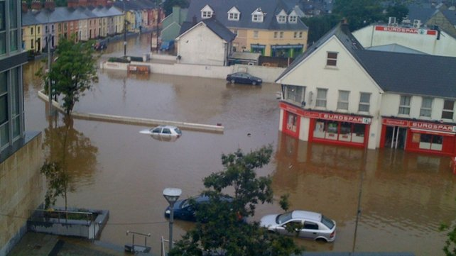 Heavy flooding along Clarke St and Casement St in Clonakilty, Co Cork (submitted via yourphotos@rte.ie)