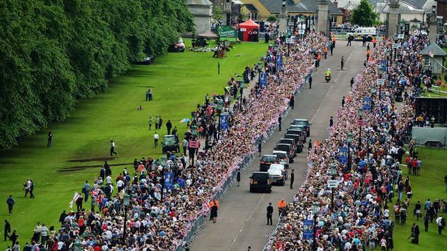 Thousands gathered to greet the royal couple on the last leg of their trip