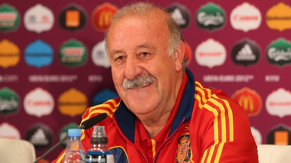 Del Bosque will continue at the helm of the reigning world and European champions until 2016