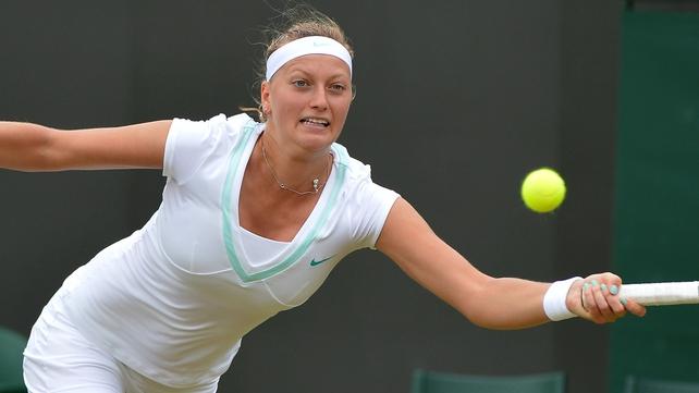 Petra Kvitova beat Francesca Schiavone 4-6 7-5 6-1