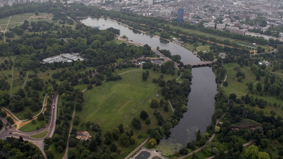 The triathlon and marathon will take place at Hyde Park