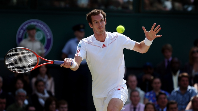 Roger Federer defeated Andy Murray 4-6 7-5 6-3 6-4 in last year's Wimbledon final