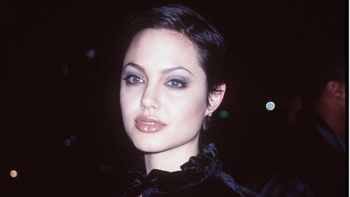 Angelina Jolie said she hopes her story will inspire other women fighting cancer
