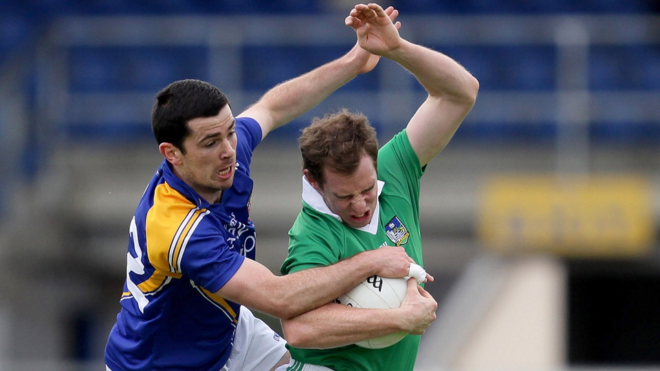 Longford's Francis McGee gets in a tangle with Seanie Buckley of Limerick