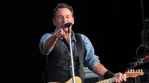 Bruce: new album leaks online