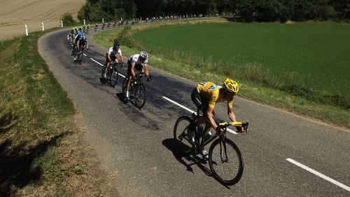 Stephen Roche believes that this year's Tour de France is Bradley Wiggins' to lose