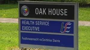 A HSE representative met the chief executive of the woman's service provider to issue a formal apology