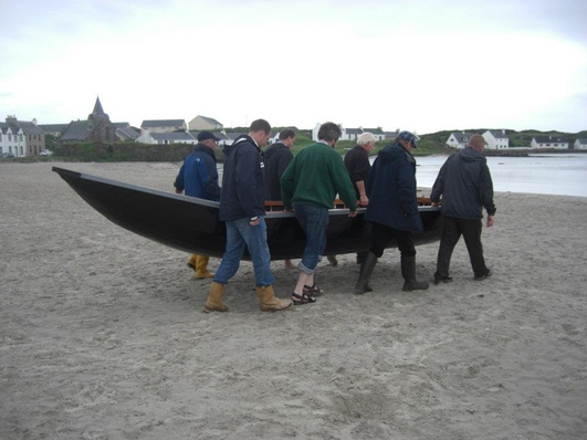 Danny Mac an tSíthigh, Breandán Ó Beaglaoich, Breandán Pháid Ó Muircheartaigh, Liam Holden, Paddy de Barra agus Liam Ó Muirthile.