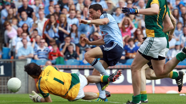 Bernard Brogan scores Dublin's first goal against Meath