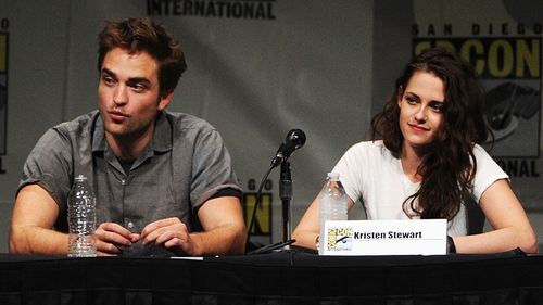 Pattinson and Stewart pictured earlier this month at ComicCon