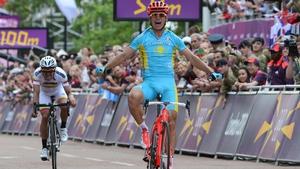 Vinokourov - a surprise winner around the streets of London
