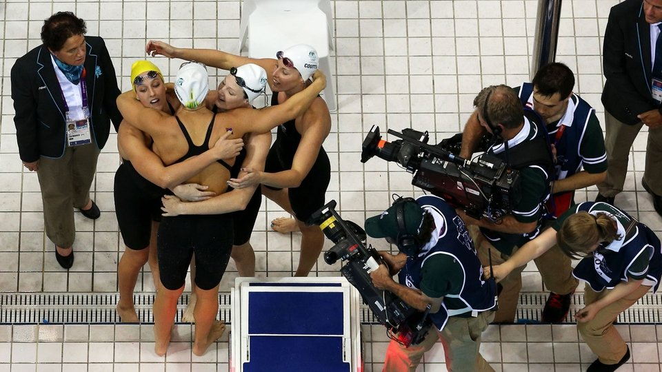 Cate Campbell of Australia celebrates with her teammates after they won the Final of the Women's 4x100m Freestyle Relay