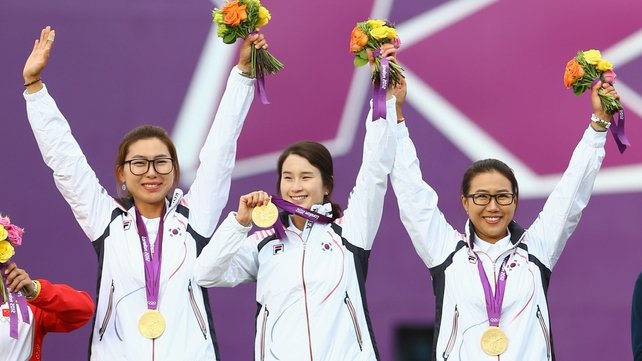 Hyeonju Choi, Bobae Ki and Sung Jin Lee of South Korea maintained their country's perfect record in the event