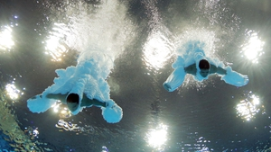 Cao Yuan and Zhang Yanquan in action at the Aquatics Centre