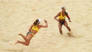 Larissa Franca and Juliana Felisberta in action
