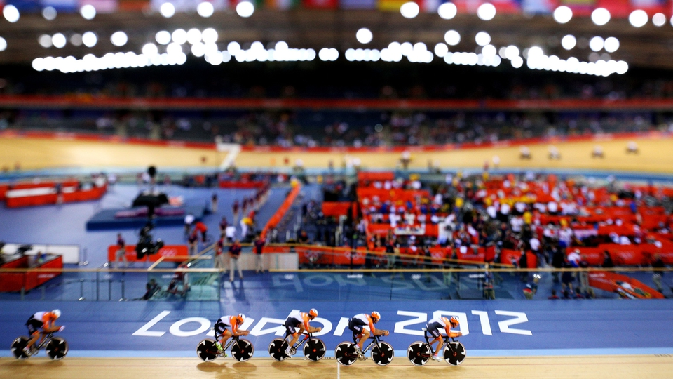A tilt-shift view of the the Netherlands Men's Pursuit team this evening