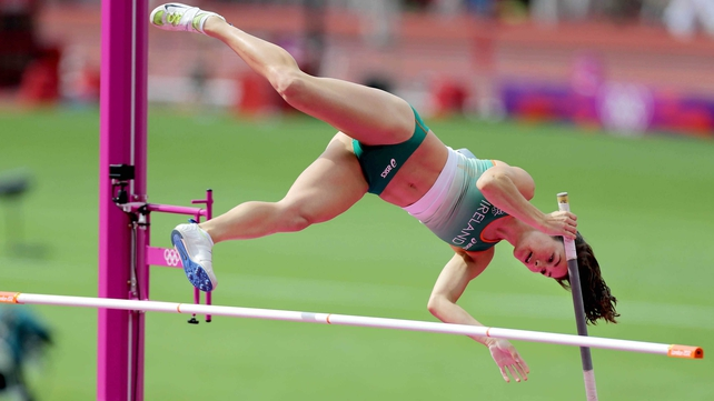 Pena failed to get over the obstacle in the pole vault