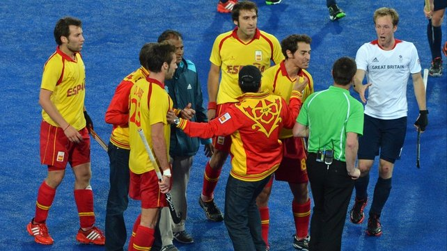 Officials prevent Spanish players interacting with umpire John Wright from South Africa