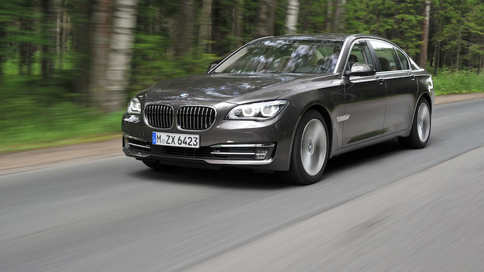 BMW is recalling 570,000 cars in US and Canada