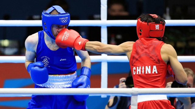 The Chinese boxer dominated the first round