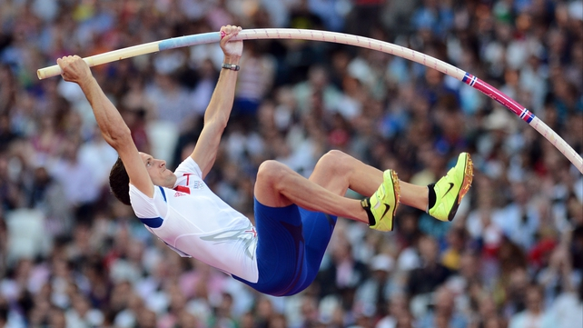 Renaud Lavillenie set a new Olympic record on his way to gold