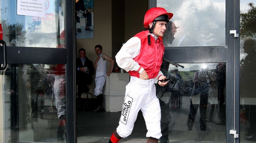 Pat Smullen will ride Hisaabaat at the Curragh on Tuesday