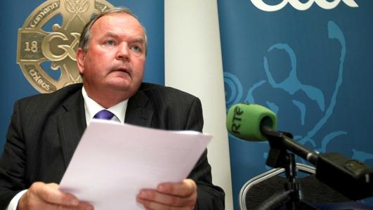 Liam O Néill, Uachtarán Chumann Lúthchleas Gael.