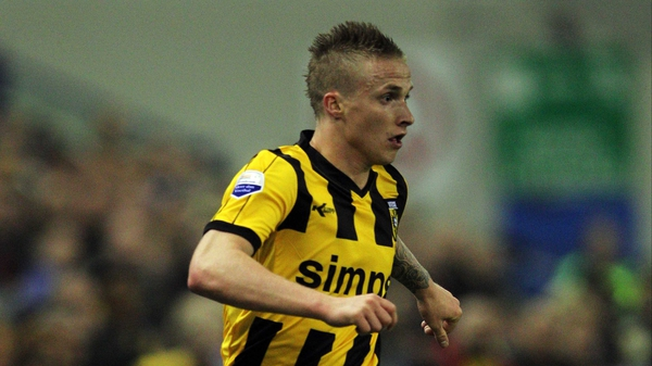 Alexander Buttner can play in either full-back position