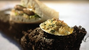 Surf 'N' Turf's Donegal Mackerel Burger with honey and mustard dressing and crab crumble