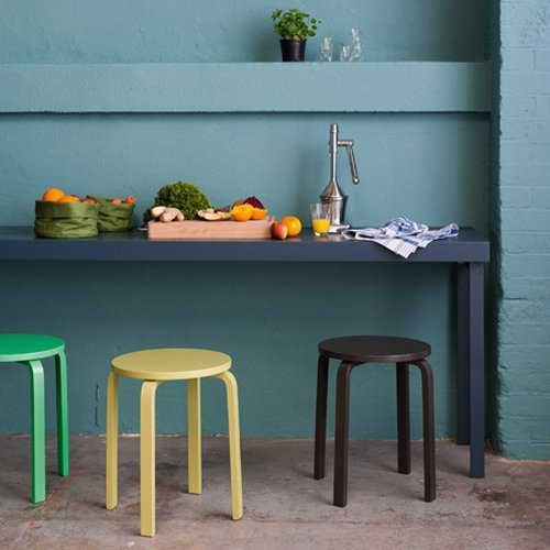 Wall: Sea Urchin 2, Stools: Lime Squeeze, Citrus Groove 2 and Pure Cocoa