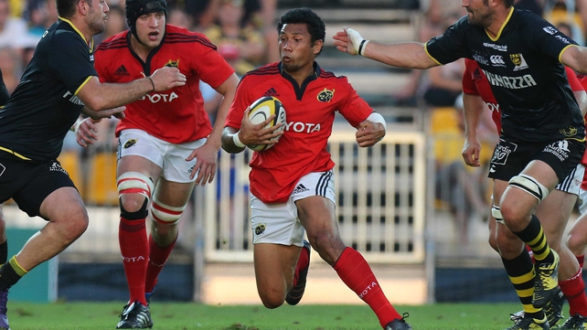 Casey Laulala in friendly action against La Rochelle
