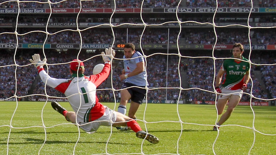 Mayo goalkeeper David Clarke makes a crucial save from Bernard Brogan in the closing minutes of the game