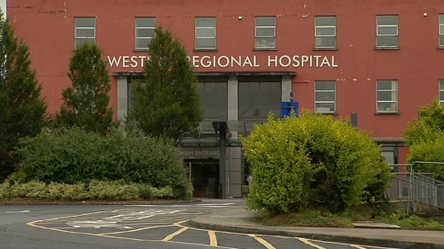 Man was taken to Mid Western Regional Hospital following road crash