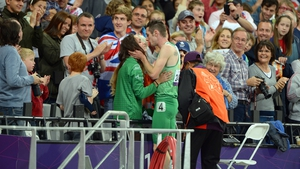 The Paralympic champion then celebrated with a snog