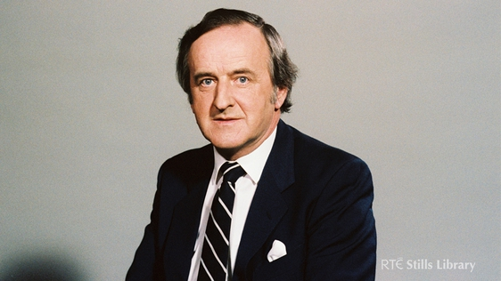 Albert Reynolds in a photographic studio in Leinster House, Dublin in May 1983. © RTÉ Stills Library 2081/012