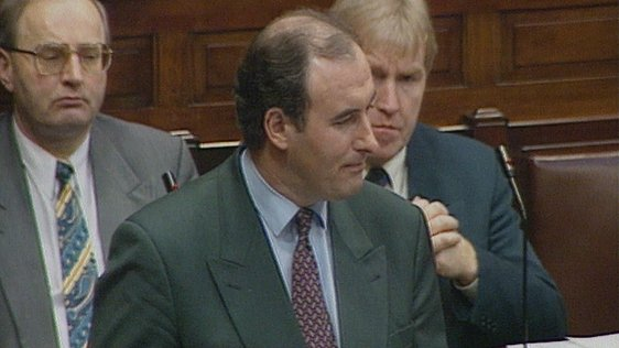 Phil Hogan pictured in Dáil Eireann announcing his resignation on 9 February 1995.