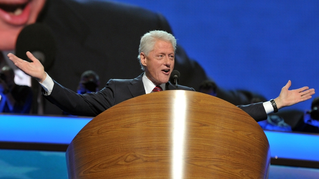 Queens University has invited former US president Bill Clinton to Belfast