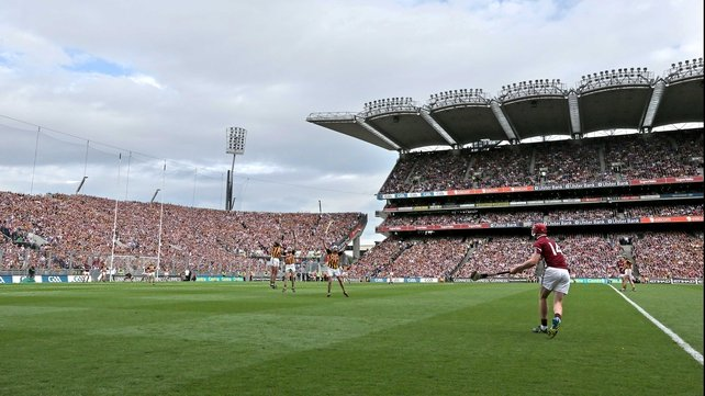 Joe Canning equalises for Galway to send the game to a replay
