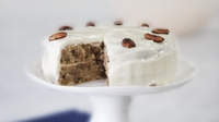 Maple pecan cake - Sweet, nutty and moist. Heaven! The pecan praline makes it a little more decadent!