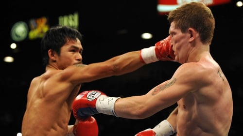 Three years ago, in his last bout, Ricky Hatton (r) was knocked out in the second round by Manny Pacquaio