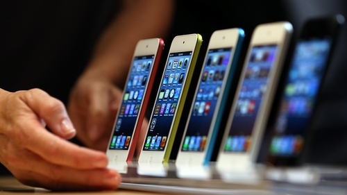Apple sold 33.8 million iPhones in its latest three month period